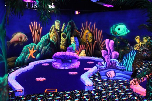 Black light mini golf - Monterey